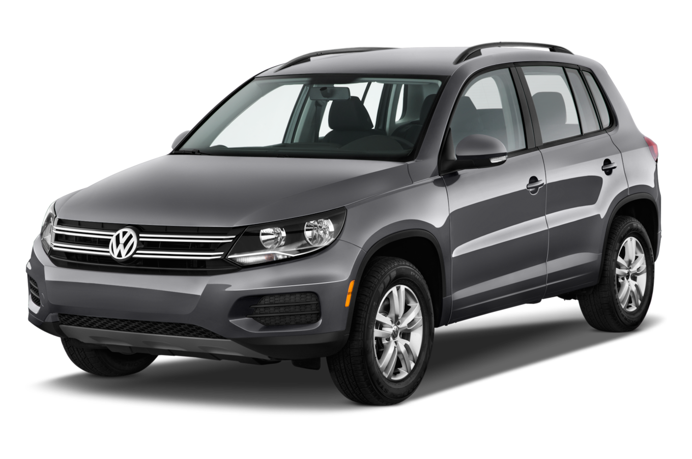 Motor Trend Reviews The 2017 Volkswagen Tiguan Where Consumers Can Find Detailed Information On Specs Fuel Economy Transmission And Tiguan Vw Volkswagen Car