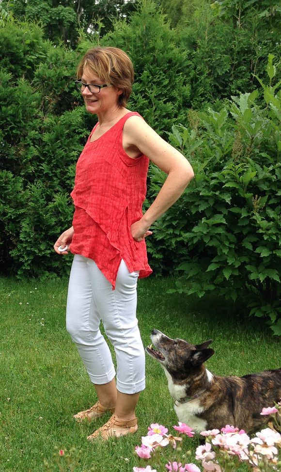 Butterick 6172 Gauze Top (2 of 5)- this gal altered the Butterick 6172- I like her take on it!