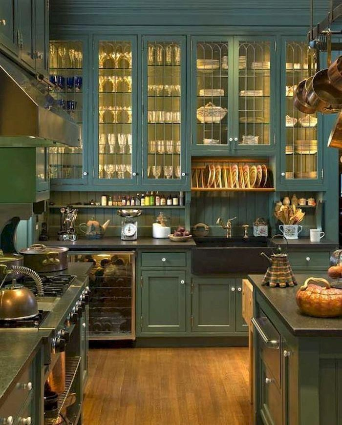 11 Genius Small Kitchen Ideas With SkyHigh Cabinets - Victorian kitchen, Kitchen design small, Kitchen design, Kitchen cabinet trends, Mediterranean kitchen design, Kitchen cabinet design - Small kitchen area can be difficult sometimes where you will get troublesome to place your appliance and other whole kitchen …