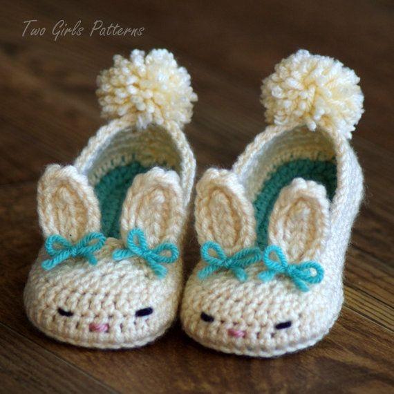 GANCHILLO patrón #214 niño Bunny Slippers-The Classic Year-Round ...