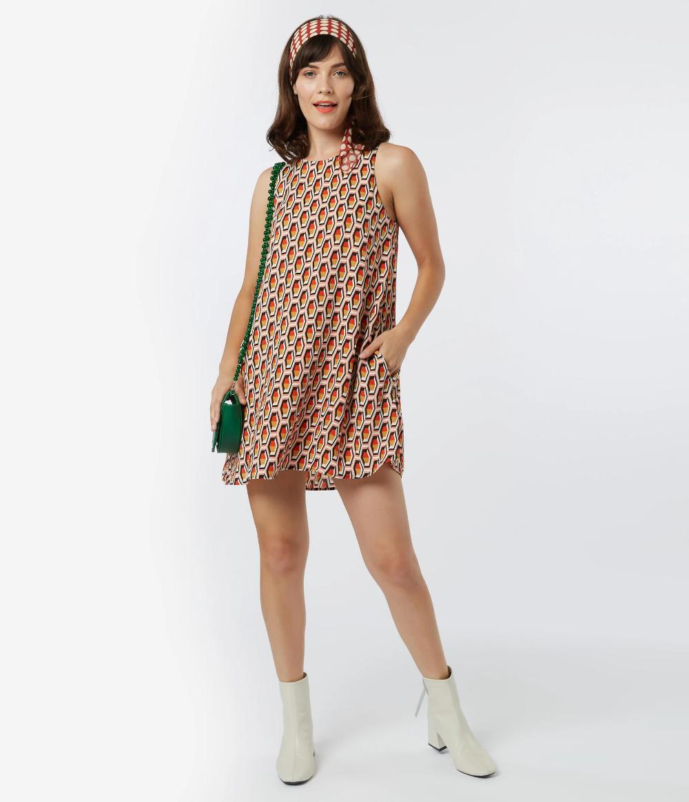 1960s Style Honeycomb Print Shift Dress Unique Vintage 1960s Shift Dress Printed Shift Dress 1960s Fashion [ 1164 x 1000 Pixel ]