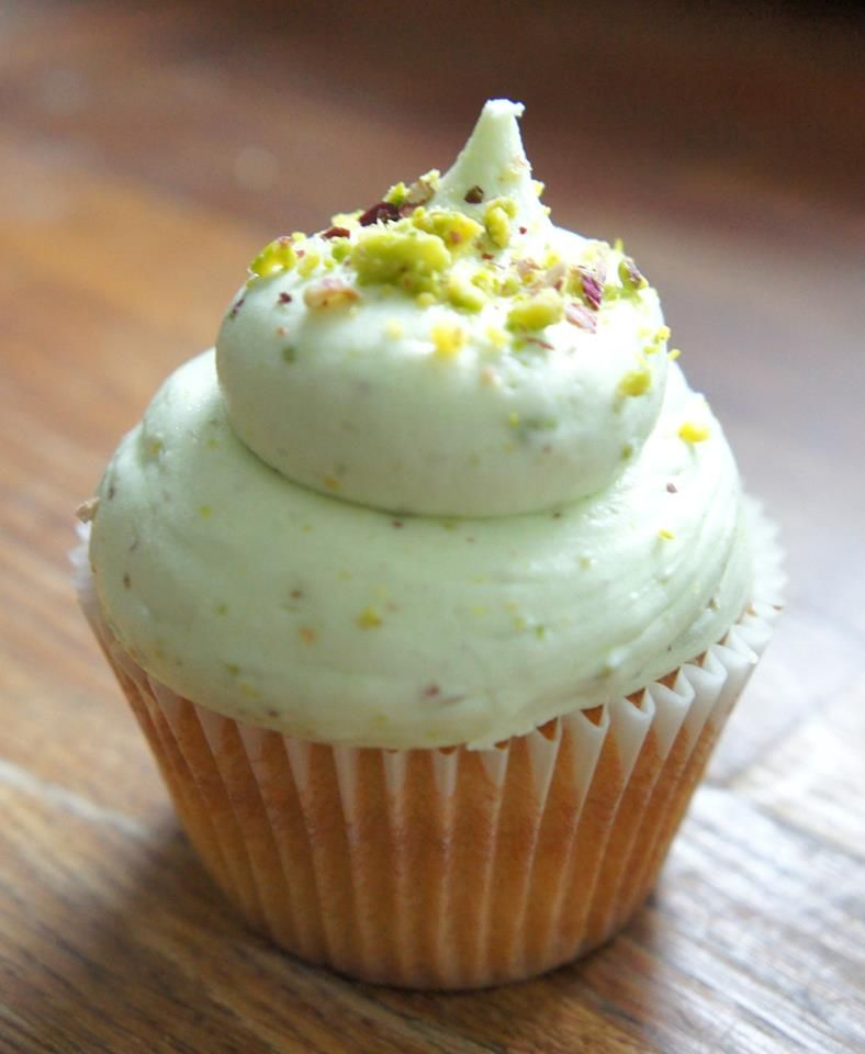 White chocolate cupcake with pistachio frosting