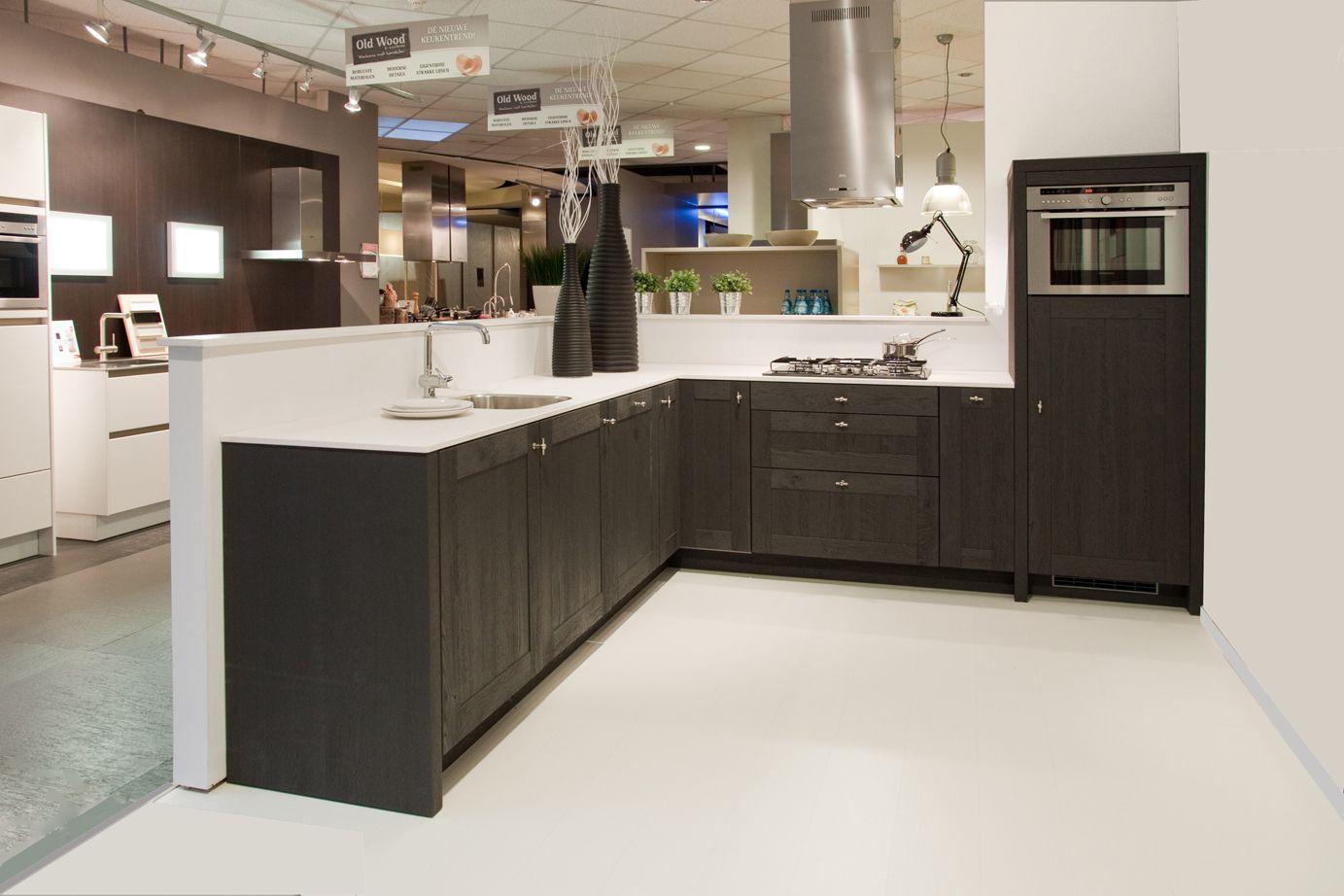 Old wood keuken combineer antraciet met fris wit db keukens keuken pinterest keukens - Kleur grijze leisteen ...
