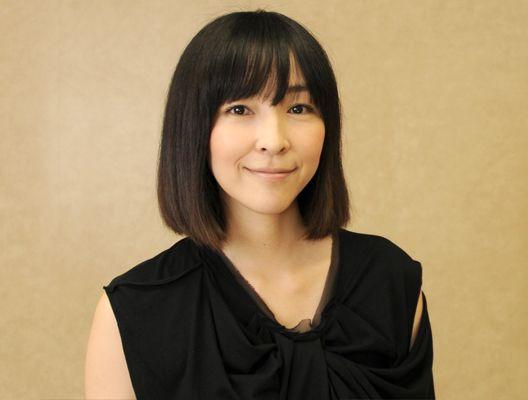 麻生久美子のドレス画像
