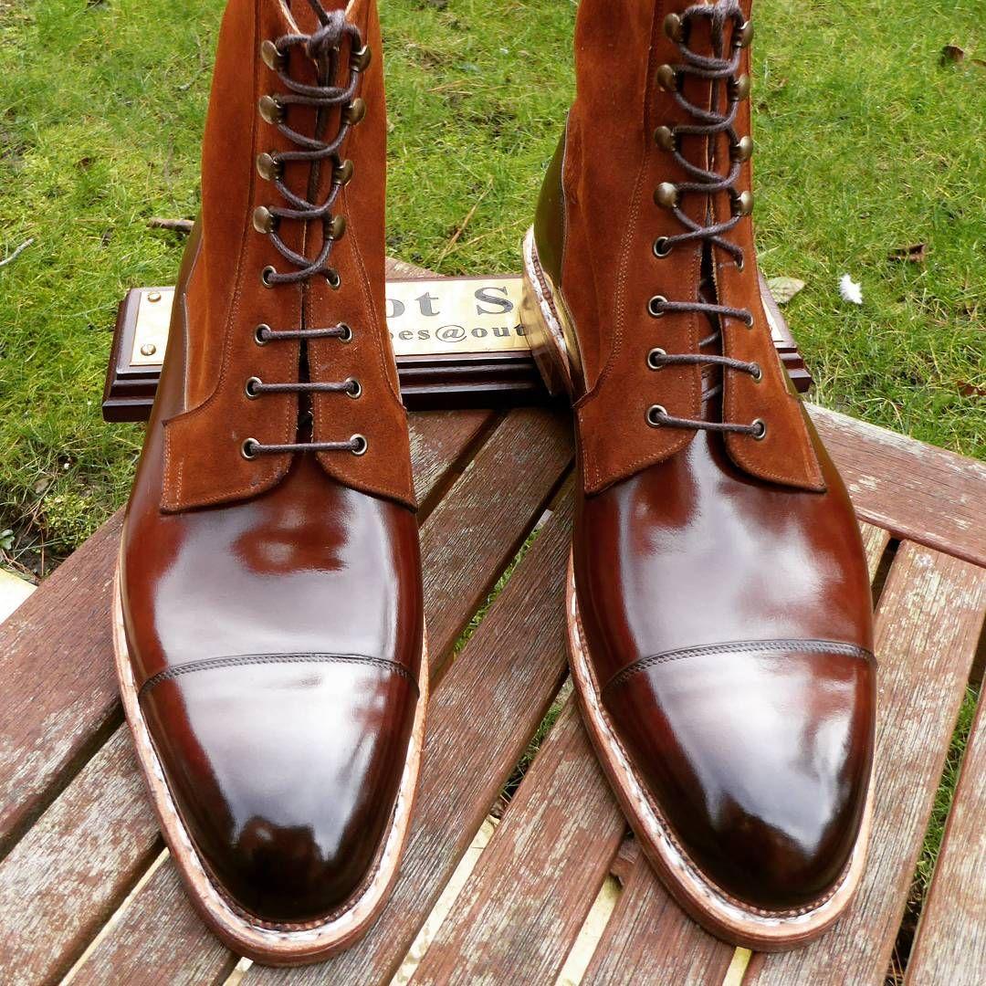#madetomeasure #shoegazingblog #tailoring #shoeoftheday #suitsupply #bridalshoes #bootporn #brownshoes #laszlovass #sartoria #handmadeshoes #tailored #bespokeshoes #savilerow #classicshoes #shoesoftheday #styleforum #shoeaddict #oxfordshoes