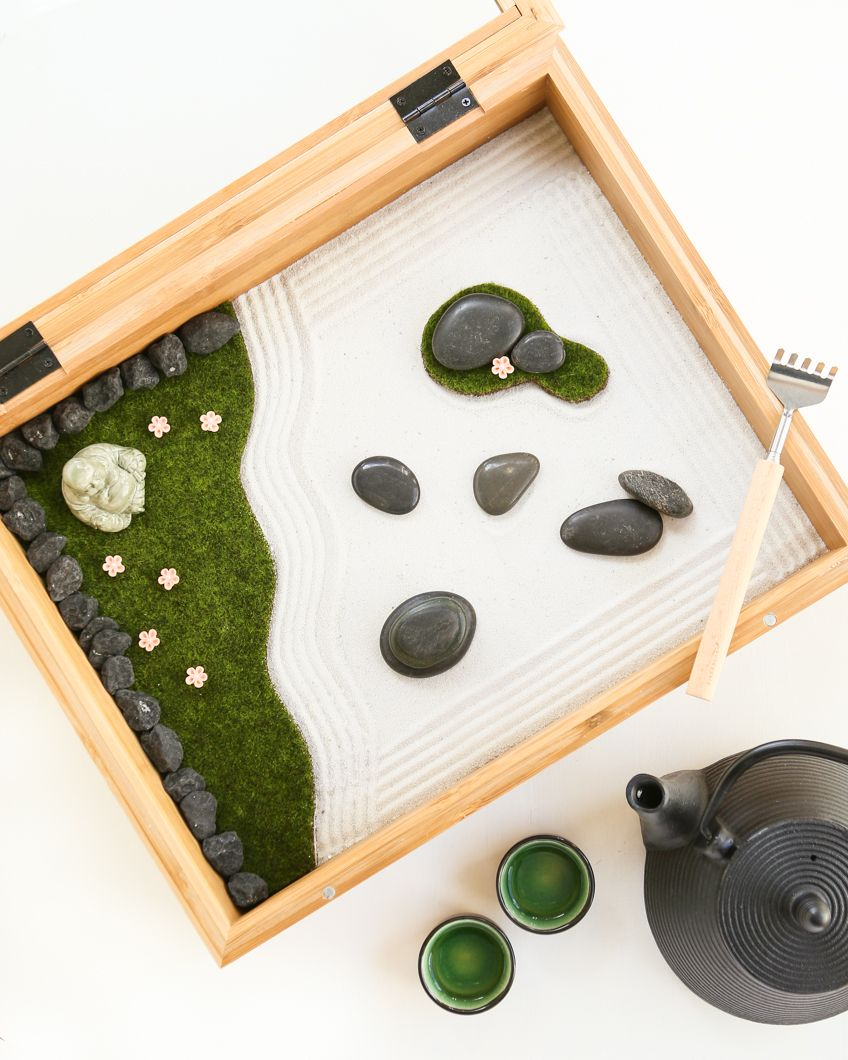 DIY Mini Zen Garden. A shadow box, metal back scratcher and some craft store supplies... a wonderful gift of mindfulness for a busy exec!