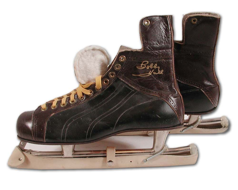 1960 S Bobby Hull Store Model Endorsed Bauer Skates Hull Played 25 Seasons In The Nhl Wha 1955 1980 And Had Hockey Equipment Bauer Skates Hockey Inspiration