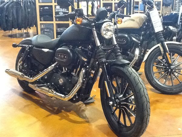 Harley Davidson 2014 Sportster Iron 883 Harley Davidson For