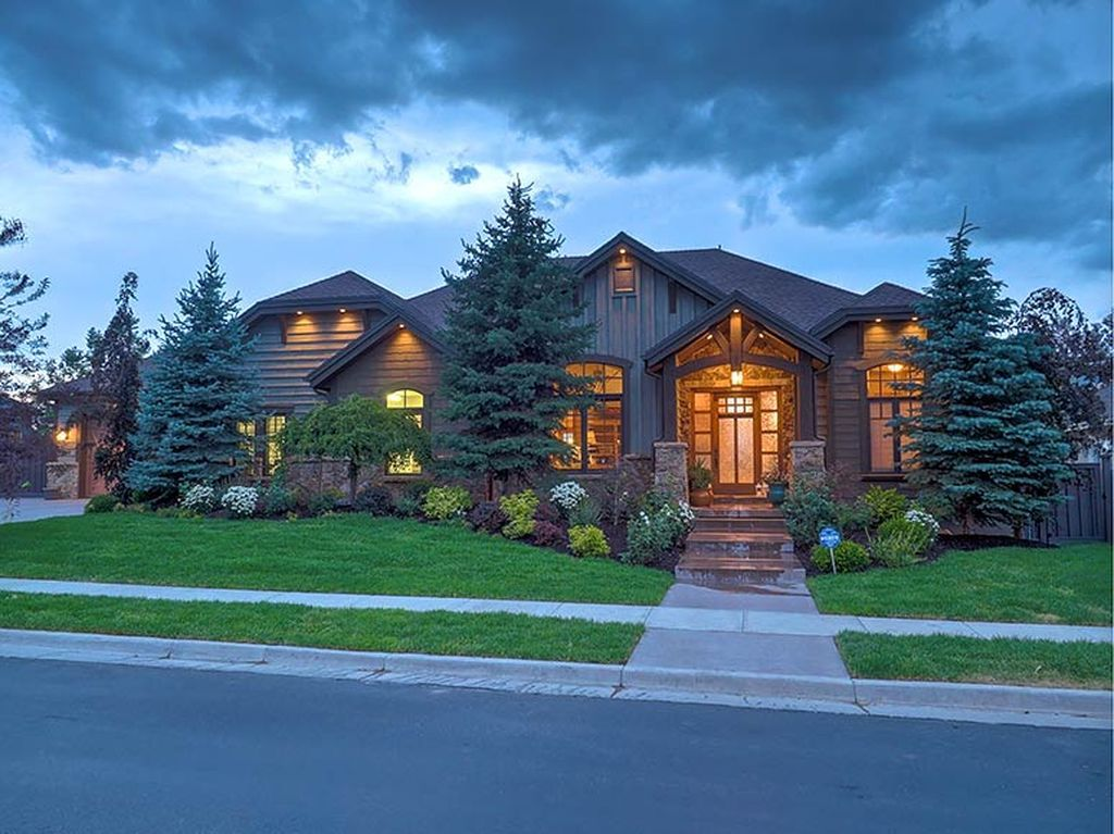640 Eaglepointe Dr, North Salt Lake, UT 84054 - Zillow