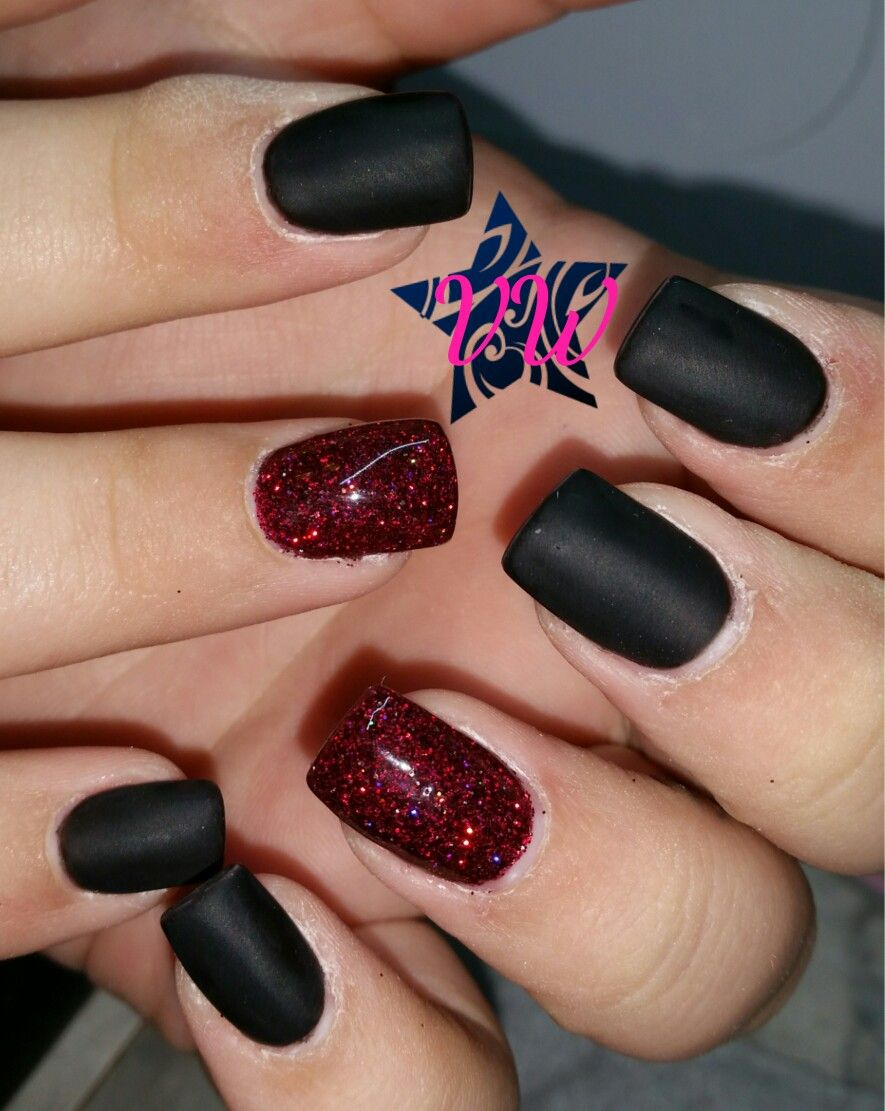 Matte Black Gel Polish With Red Glitter Red Nails Glitter Black Nails With Glitter Short Acrylic Nails Designs
