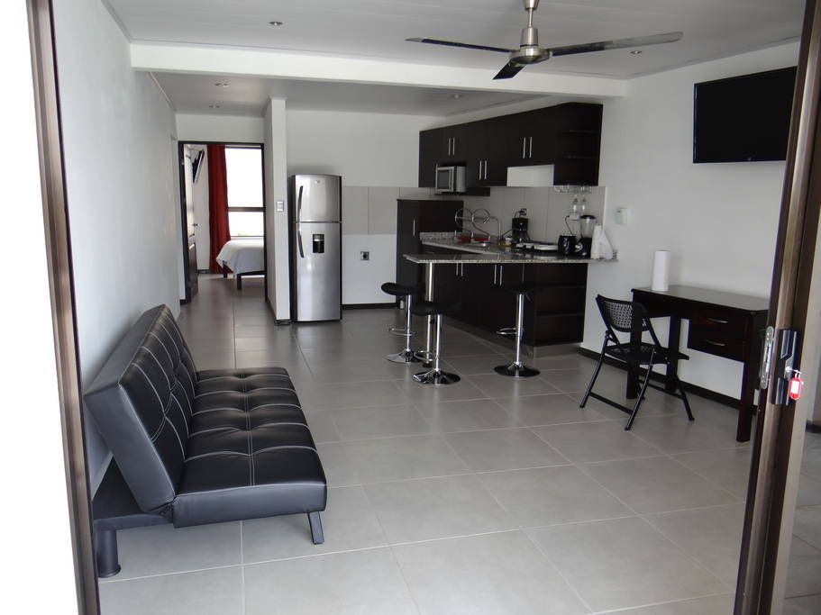 Apartment In Alajuela Costa Rica Confy Queen Bed Fully Furnished With Roof Fans All Amenities Included Elect Water Alajuela Apartments For Rent Apartment