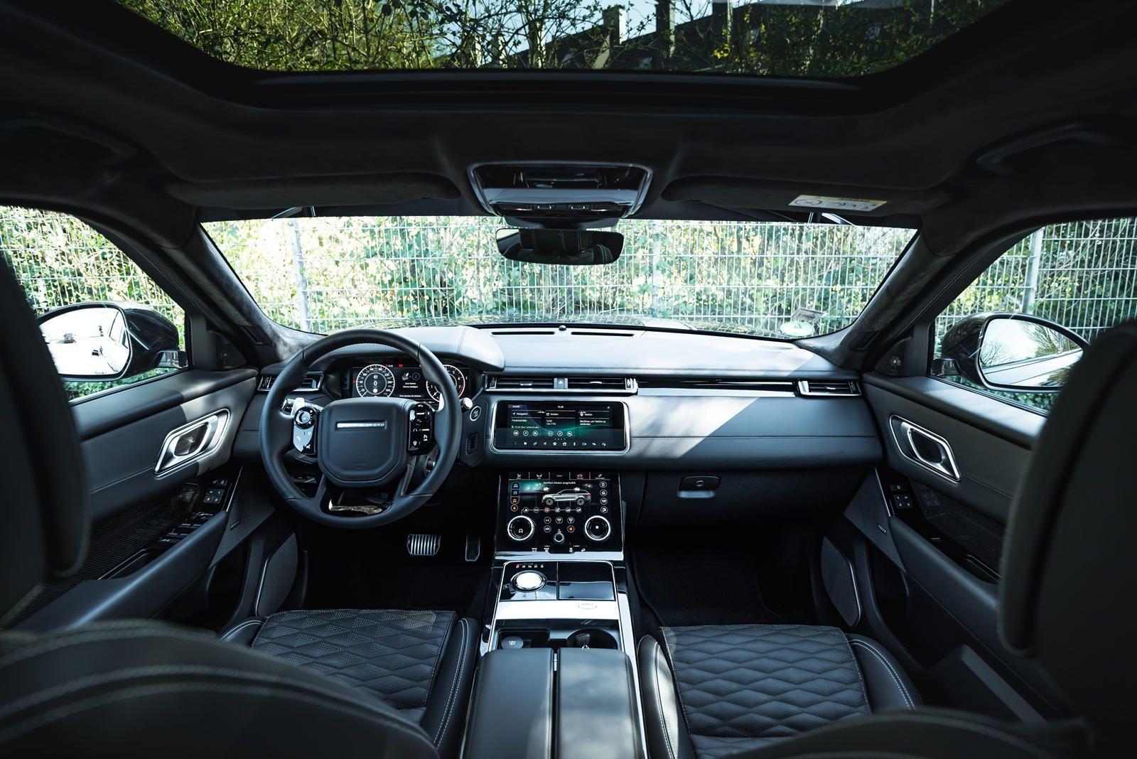 Range Rover Velar Transformed Into 600 Hp Animal Manhart Has Taken The Flagship Range Rover Velar Svaut Range Rover Luxury Cars Range Rover Custom Range Rover