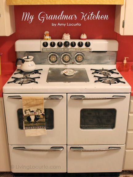 Grandma\'s Retro 1950\'s Kitchen   Top 12 Websites to follow ...