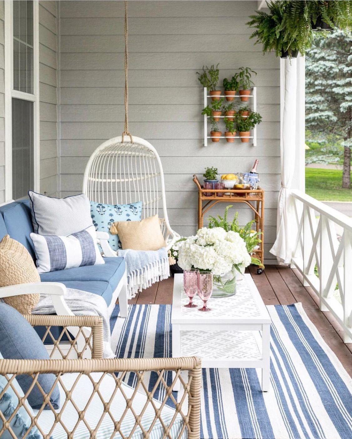 Pin By Miasah Jaber On Sunroom Front Porch Decorating Balcony