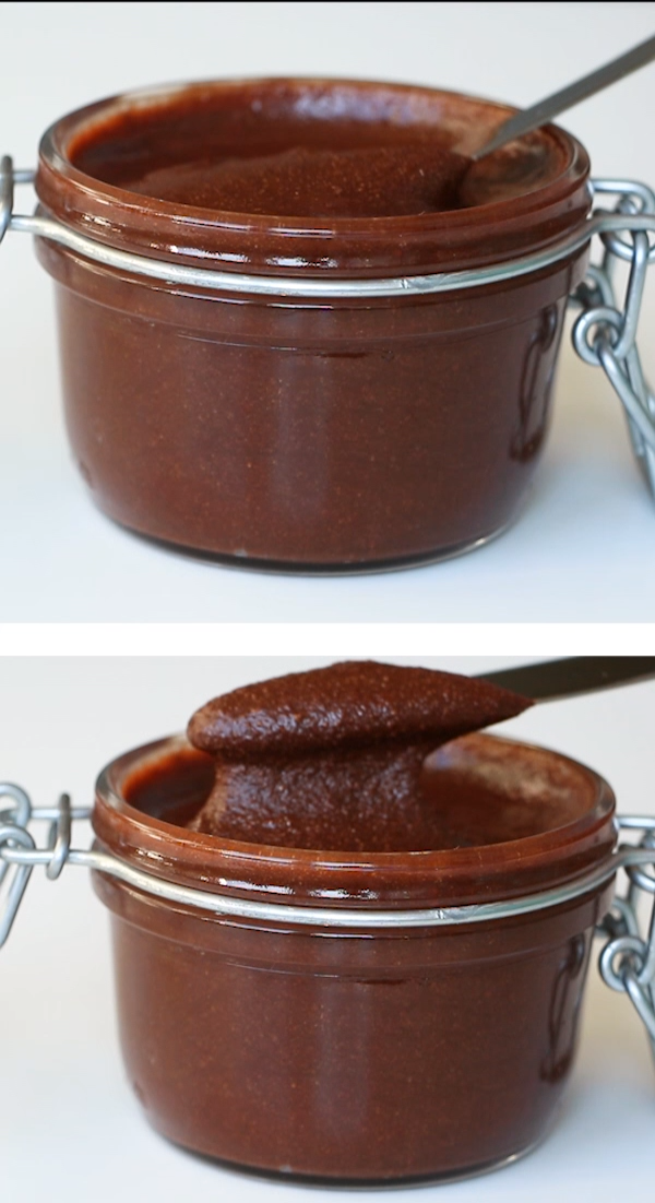 Sugar-Free Nutella Spread Recipe (Low Carb, Paleo) - 5 Ingredients