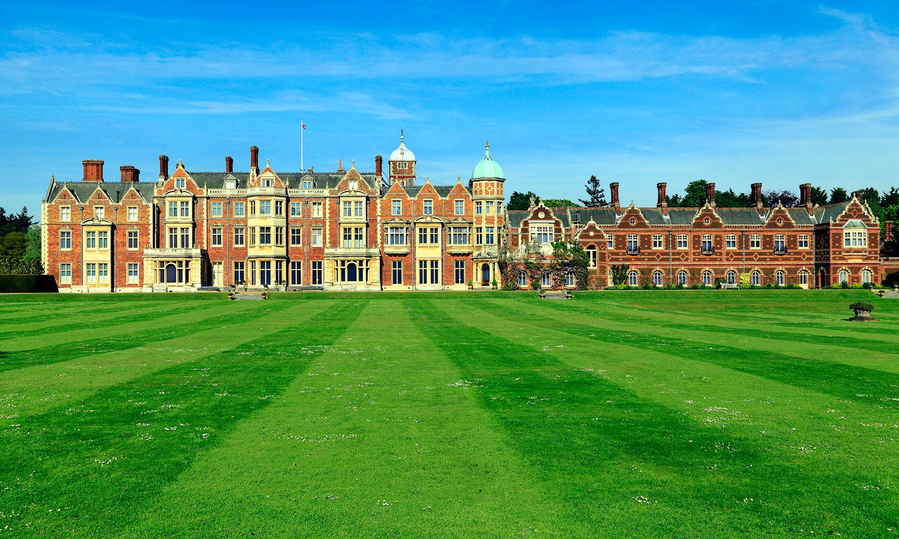 The Royal Treatment 9 Castles And Palaces That Are Now Hotels Sandringham Norfolk