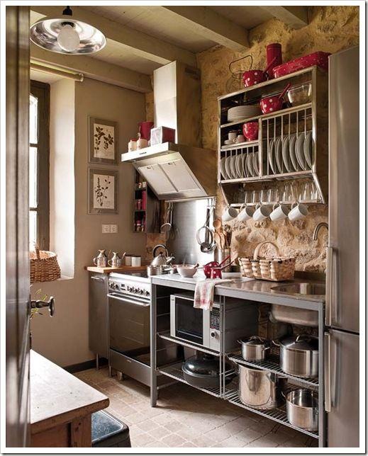 Cottage cucina accogliente cucina aperta for Cucine bellissime moderne