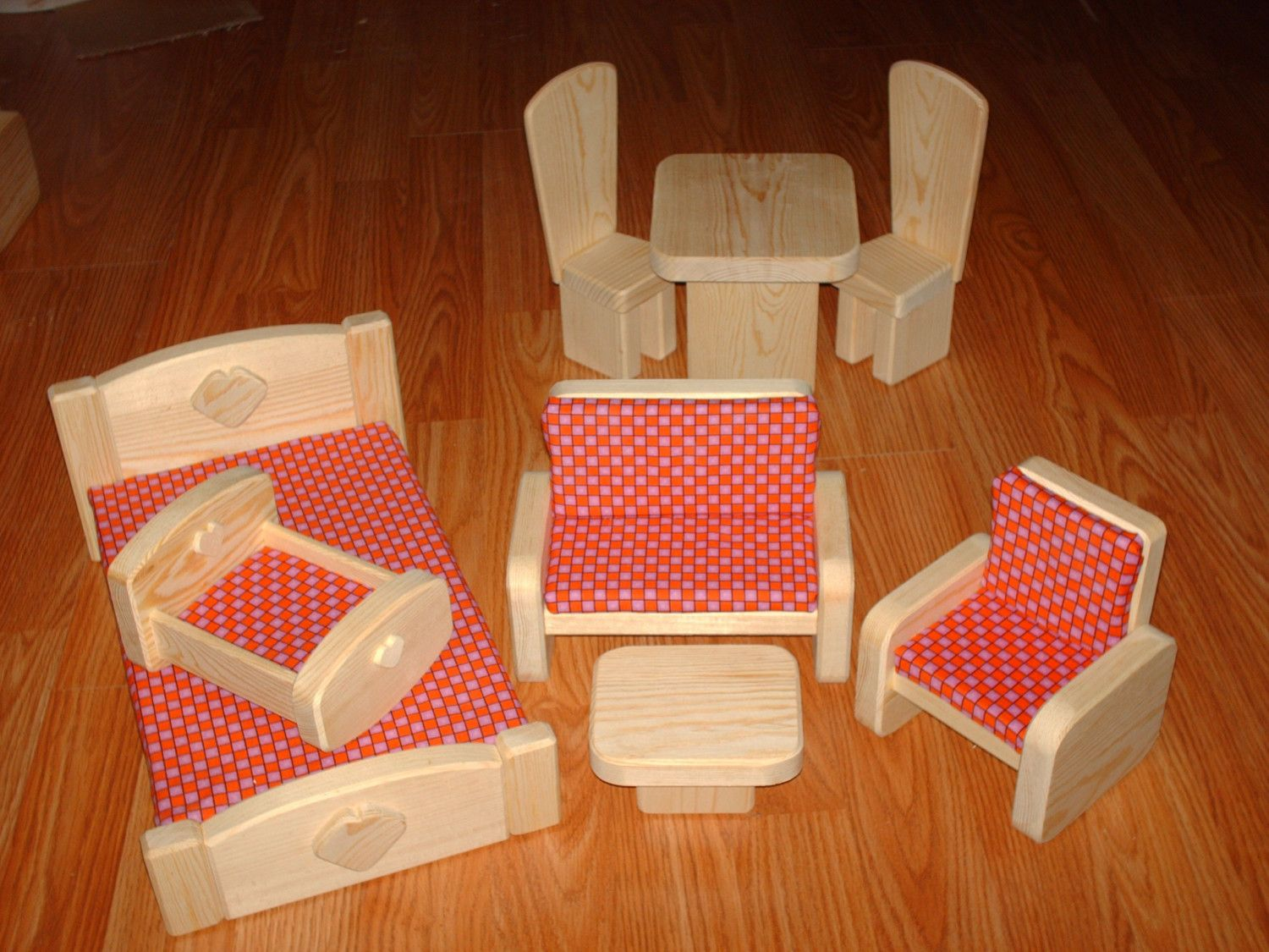 8 Piece Barbie Scaled Wooden Furniture Set (red Checkered). $39.95, Via