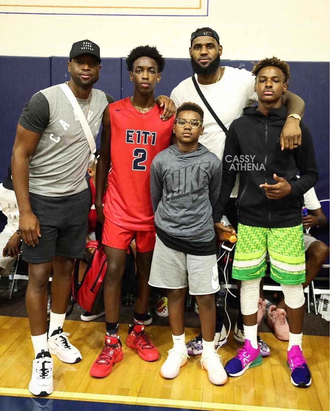 Great Photo Of Dwyane Zairewade With Lebron Bronny And