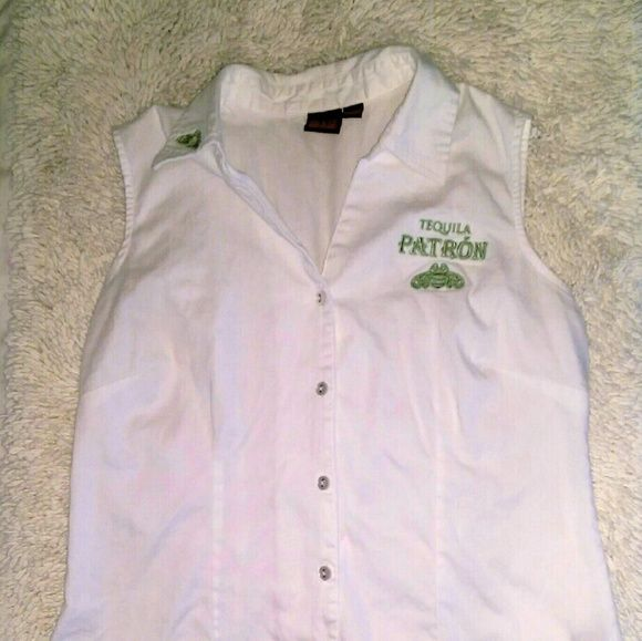 {Patron Tequila} sleeveless button down 2 AVAILABLE - MEDIUM 1 AVAILABLE - SMALL  Patron Tequila Medium (fits TTS) White w/Lime Green logo Sleeveless button down shirt Signature Patron bee on right side of collar Patron Tequila logo on left side of chest Stretch Cotton w/darted fit  BRAND NEW - FLAWLESS  Summer * Tank * Collar * Polo * Golf * Rare * Collectable Patron Tequila Tops Button Down Shirts