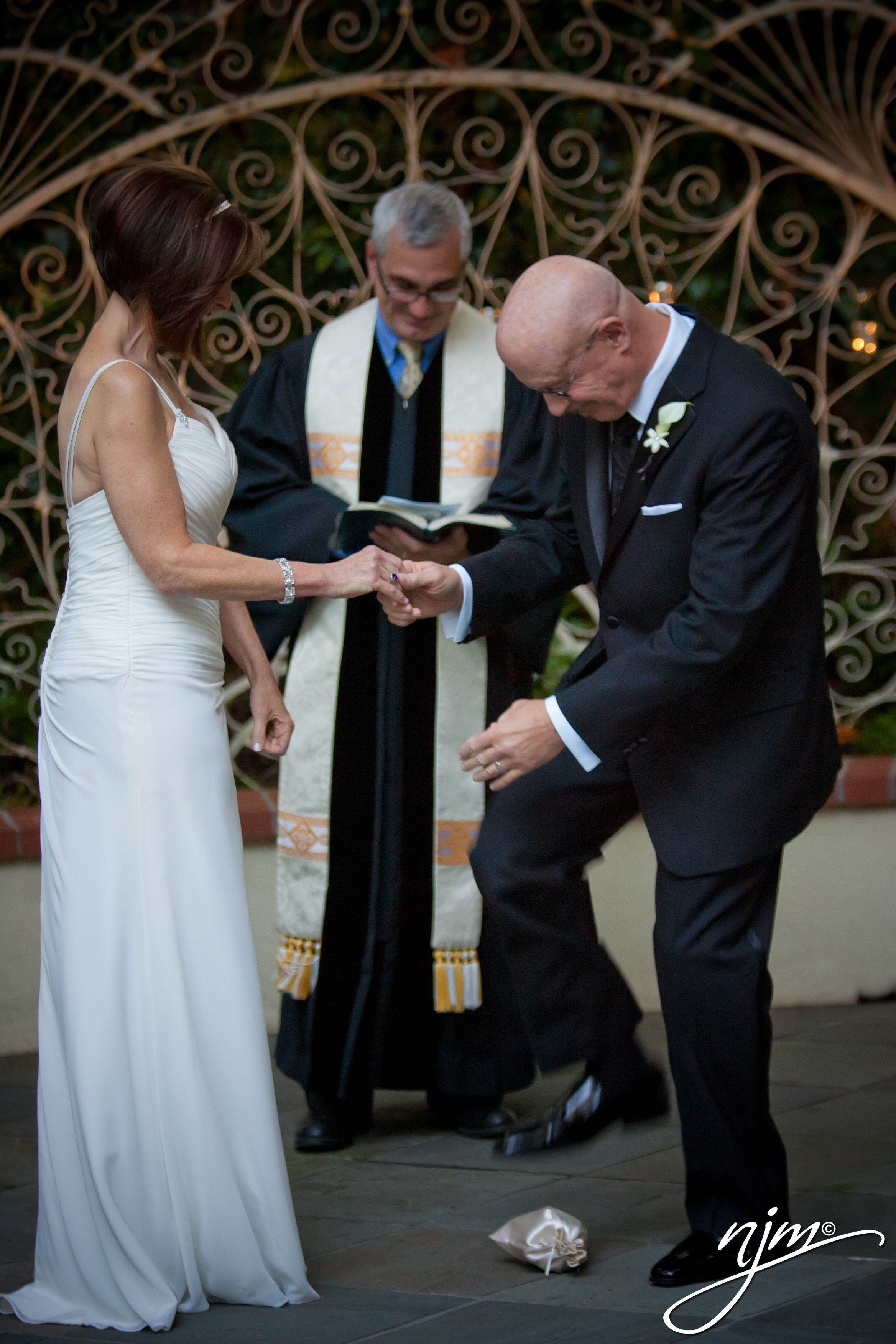 Jewish Wedding Traditions Breaking of the glass Wedding