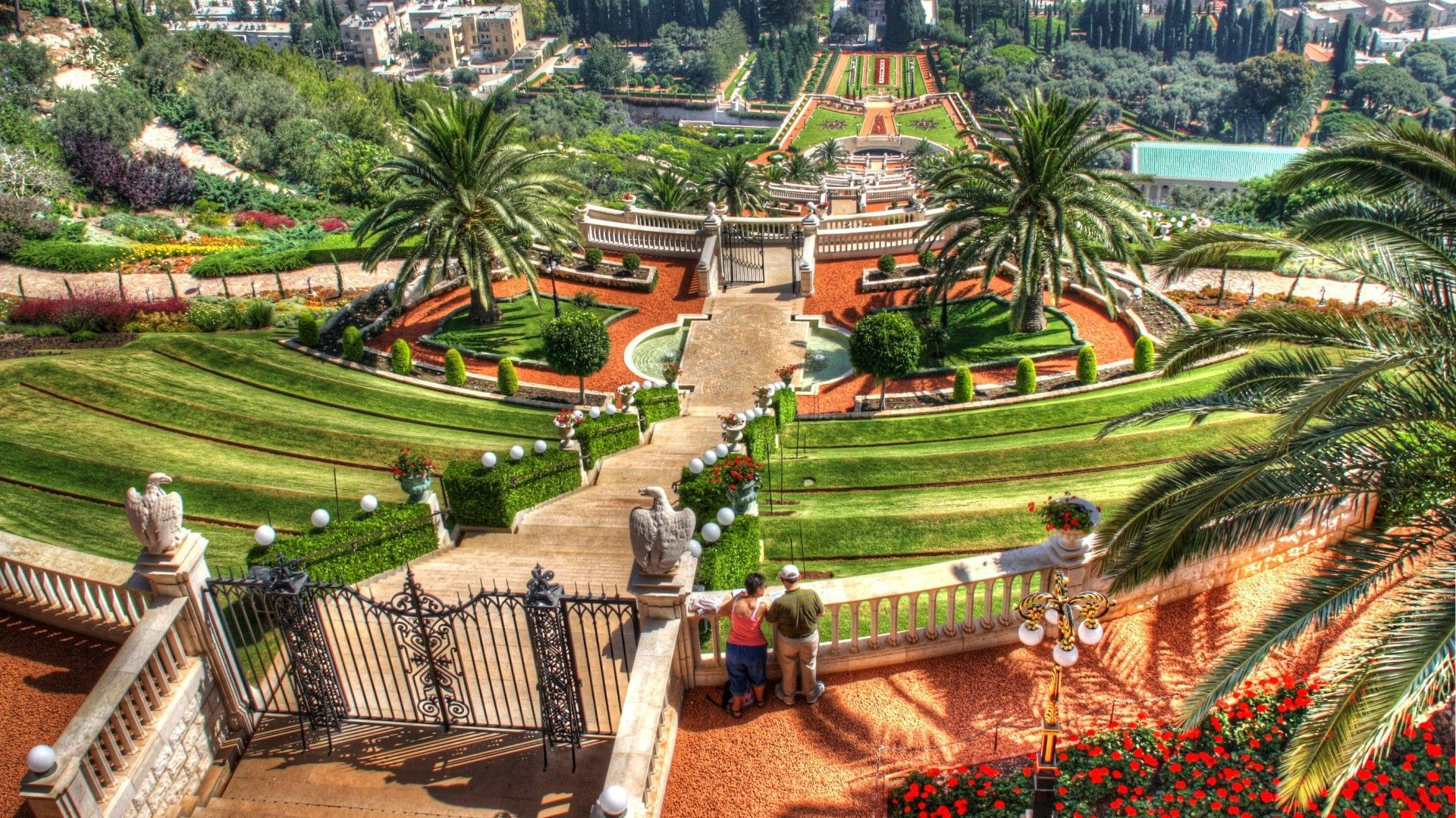 Bahai Gardens And Temple Haifa Israel