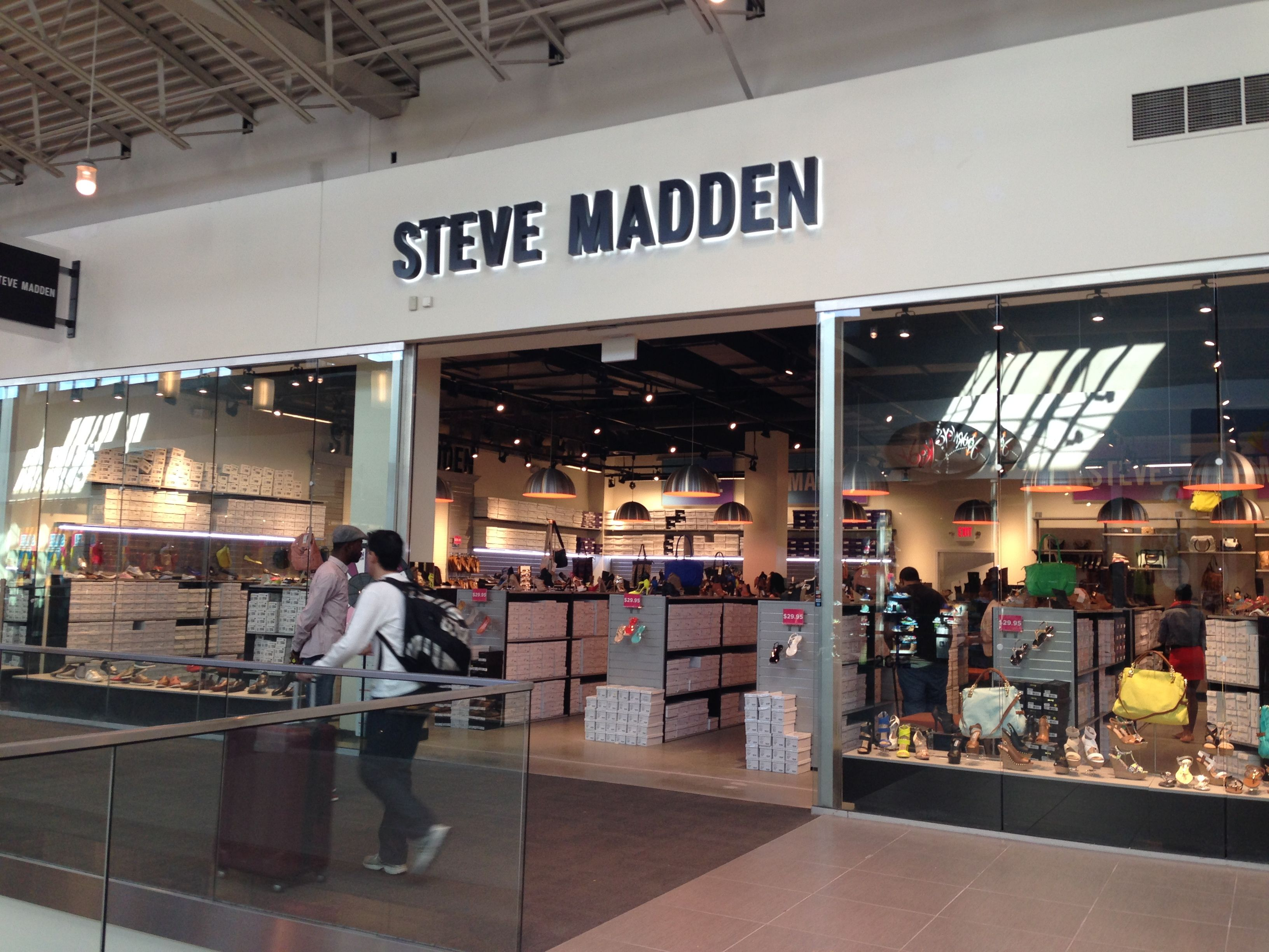 Steve Madden now open! Steve madden, Mall stores, Dream