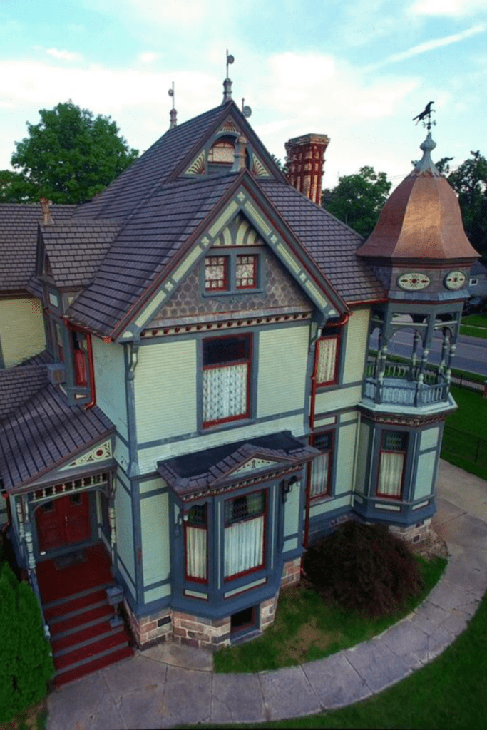 1885 Queen Anne For Sale In Hastings Michigan Captivating Houses Victorian Homes Queen Anne House Victorian Style Homes