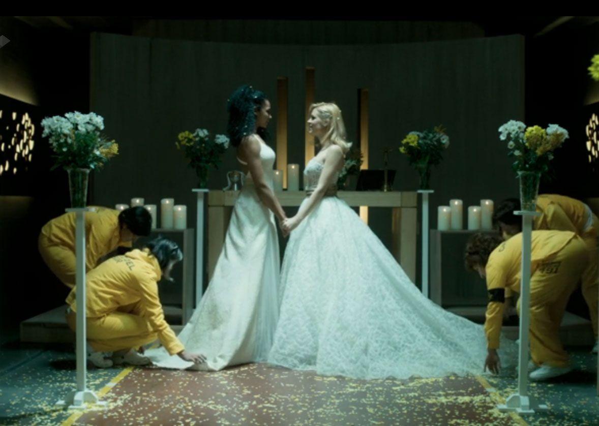 Eva Novias participa en la soñada boda de Rizos con Maca en la serie ...