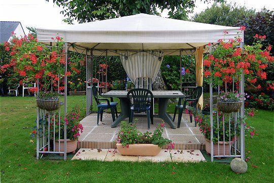 Dans Le Style Pavillon Repas Entre Amis, Repas De Famille, Pergola  Terrasse, Abri