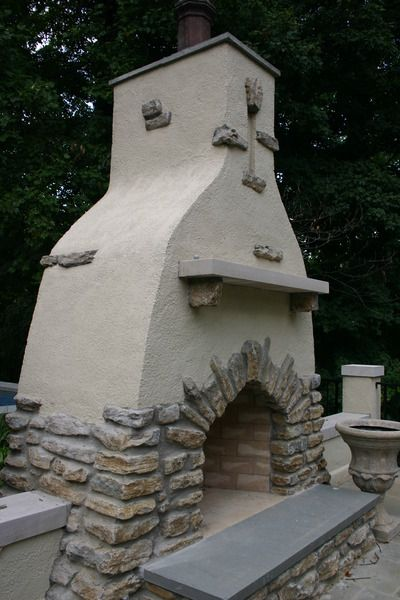 Kentucky Fieldstone And Stucco Outdoor Fireplace Sort Of