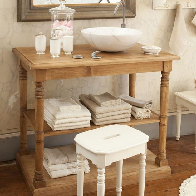meuble de salle de bain comptoir de famille une petite console de salle de bain en pin massif. Black Bedroom Furniture Sets. Home Design Ideas
