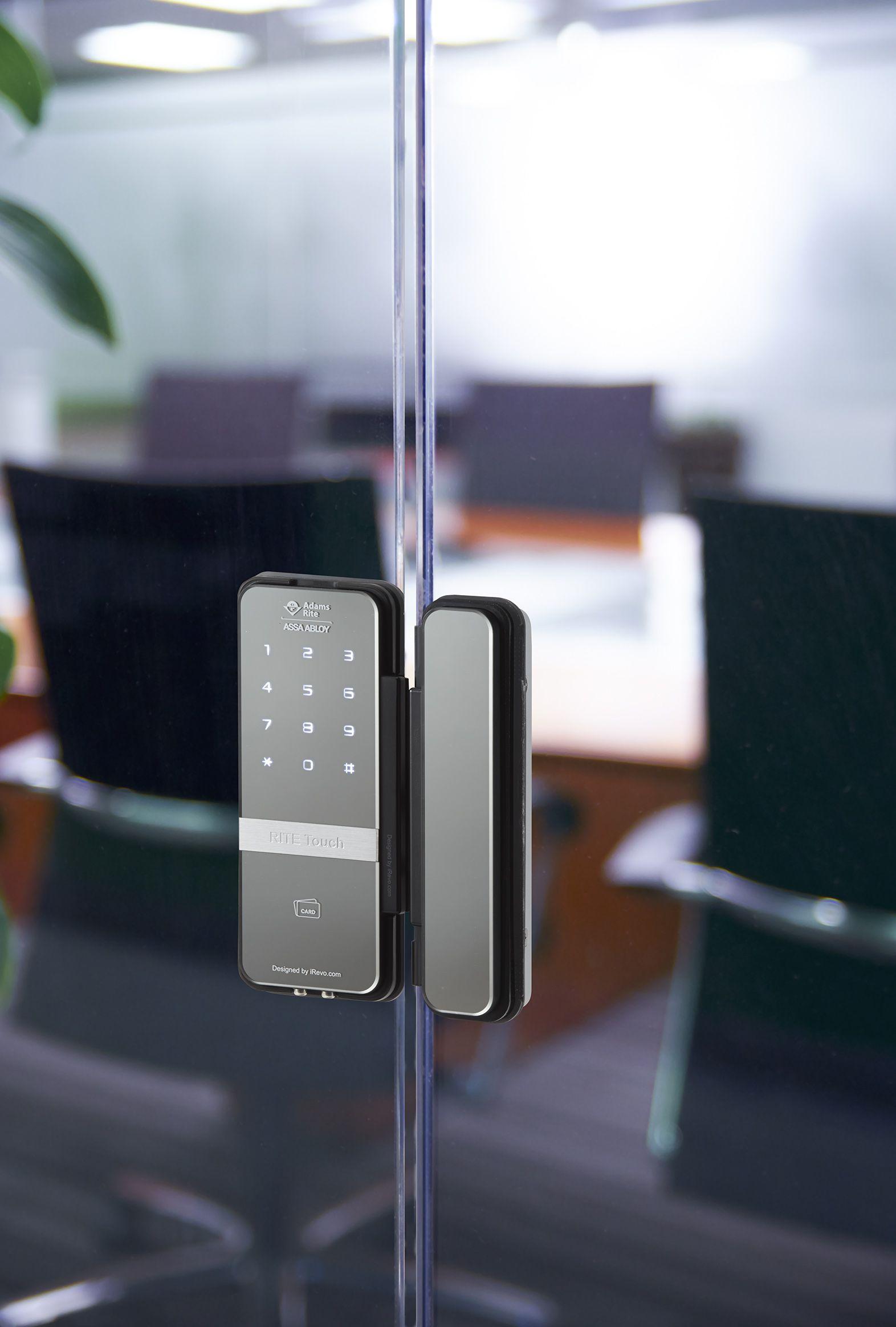 Pin By Konghoihaan On Electronic Locks In 2020 Glass Door Double Glass Doors Glass Door Lock