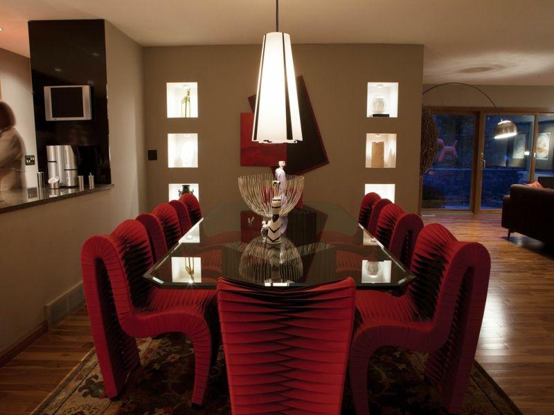 Inneneinrichtung in Rot für das Esszimmer - inneneinrichtung