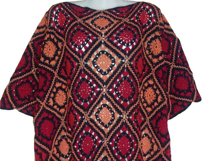 Boho crochet poncho, Plus size poncho, Granny square poncho that could be used as maternity clothes #grannysquareponcho