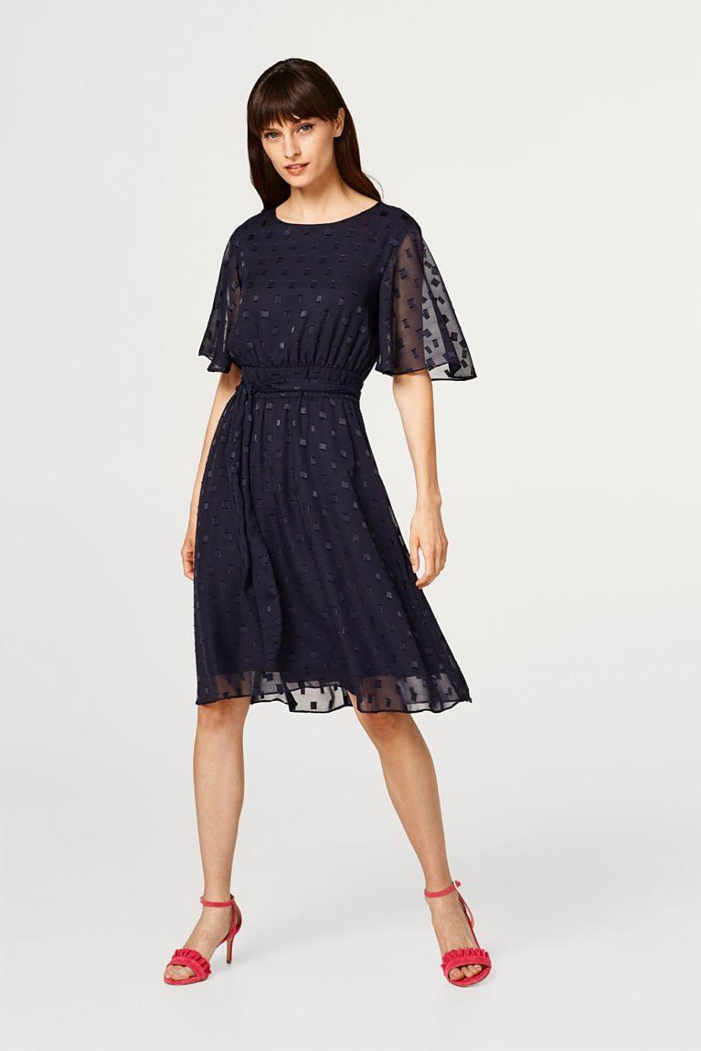 Šifonové šaty se vzorem se strukturou a s mašlí  ee46bb9f325