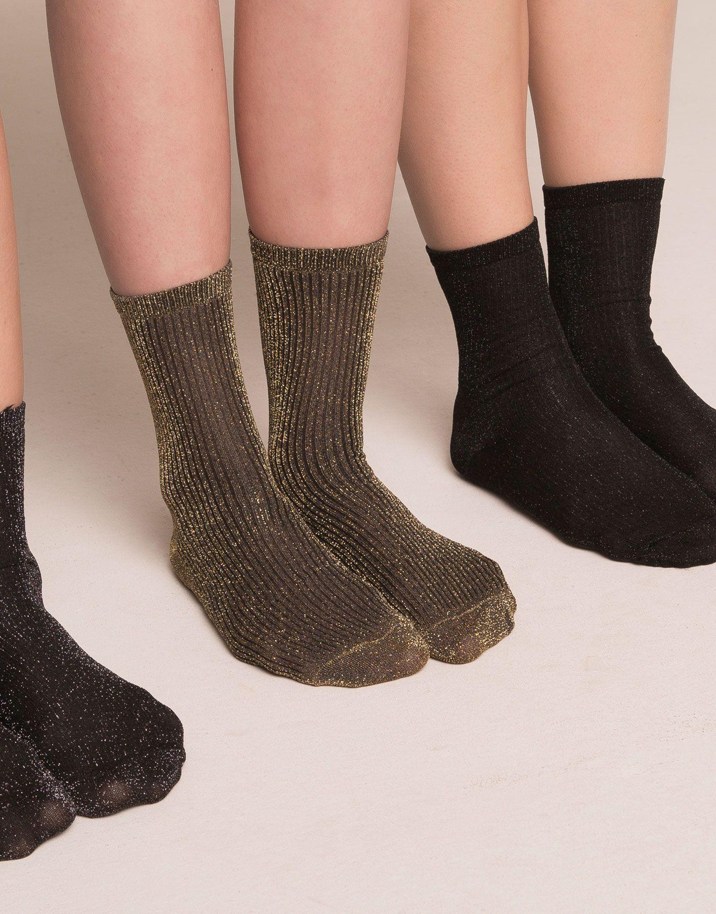 chaussettes effet brillant collants et chaussettes femme pull bear france wishlist. Black Bedroom Furniture Sets. Home Design Ideas