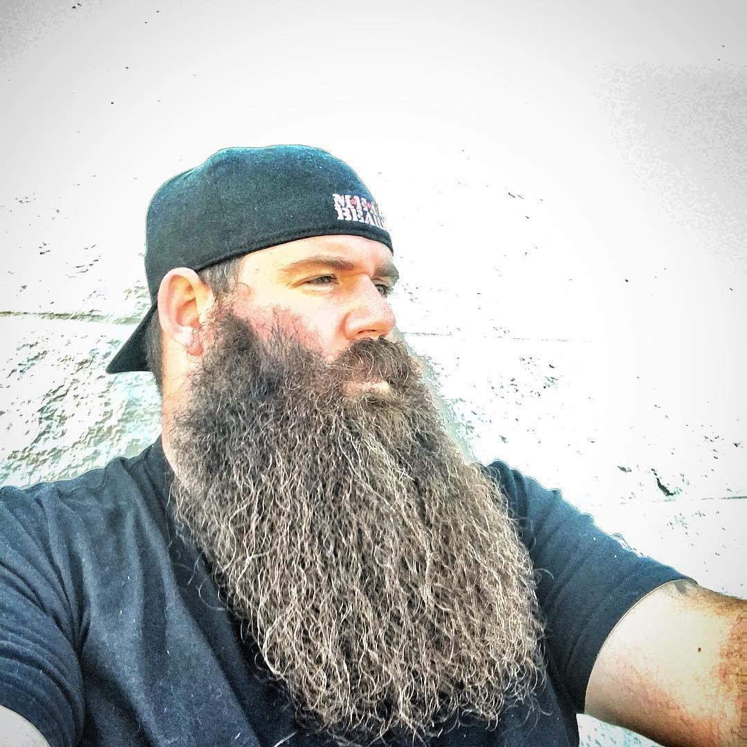 Full Grey LongBeard | Beard Babe Love | Beard love, Beard ...