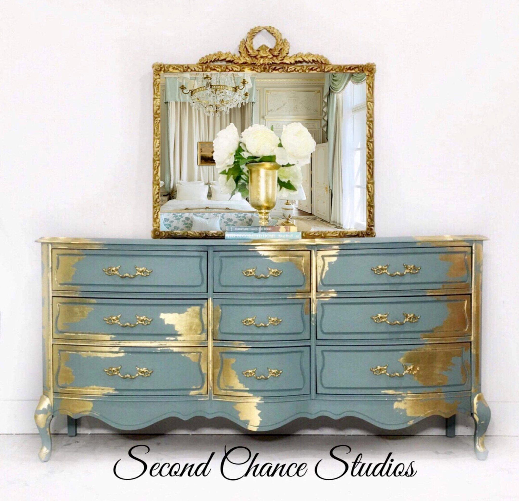 Lovely Vintage Living Room Ideas With Glamour Furniture: Refurbished Furniture, Shabby