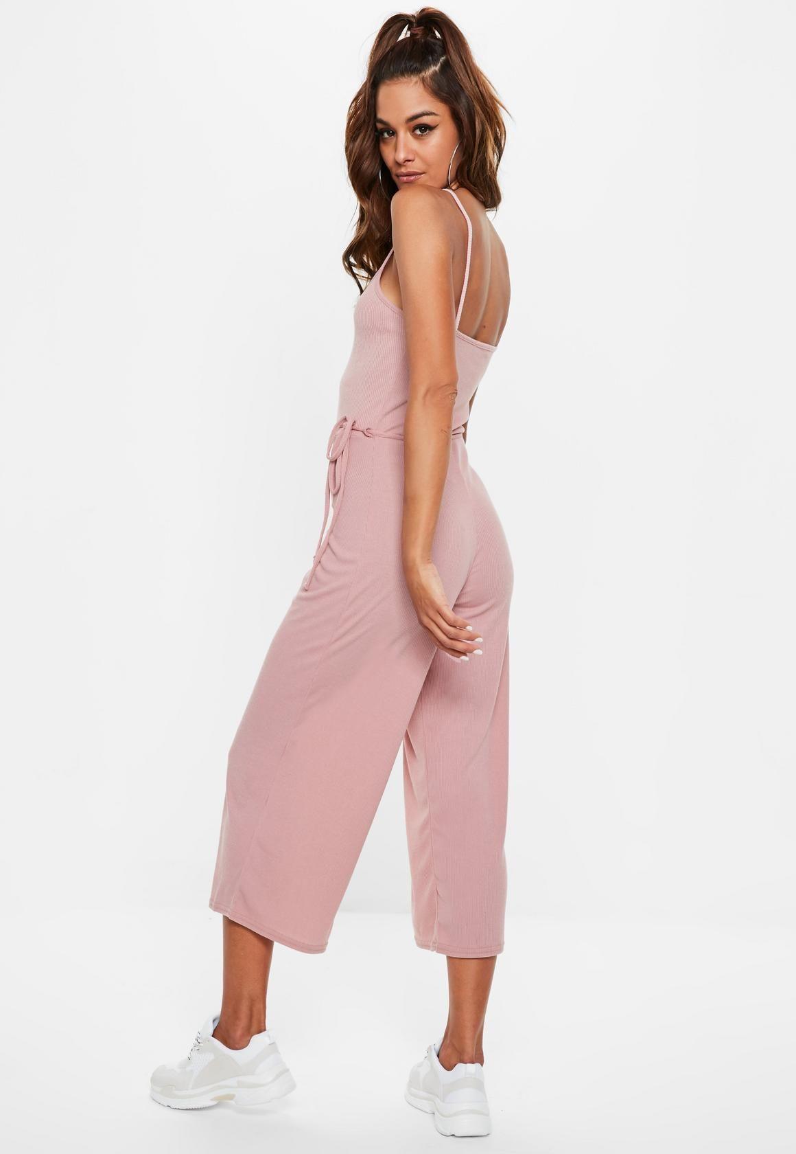 517530230 Missguided - Combinaison rose côtelée Dress Me Up, Rompers, Romper Suit,  Pink,