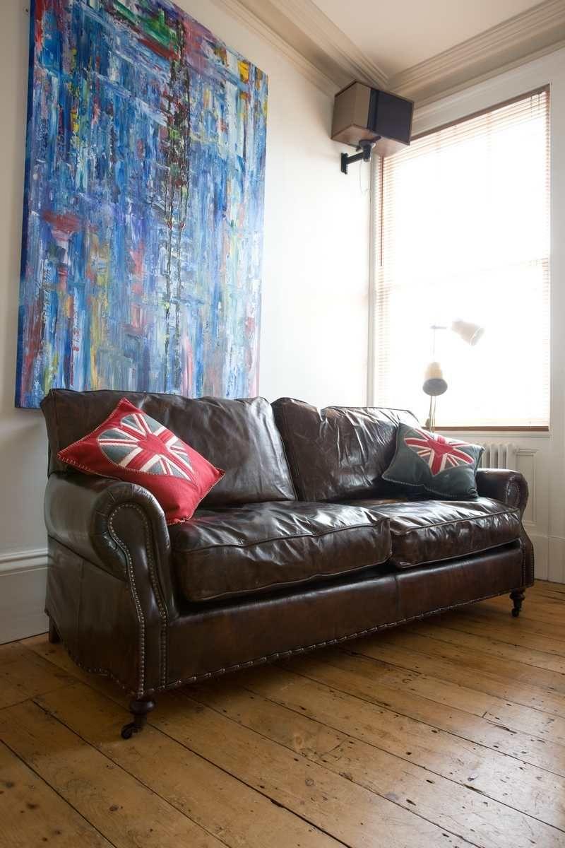 comment nettoyer un canapé en cuir - conseils et photos! | nettoyer