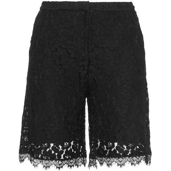 Carmakoma Black Plus Size Lace city shorts ($77) ❤ liked on Polyvore featuring shorts, black, plus size, carmakoma, floral print shorts, plus size lace shorts, mid rise shorts and relaxed shorts