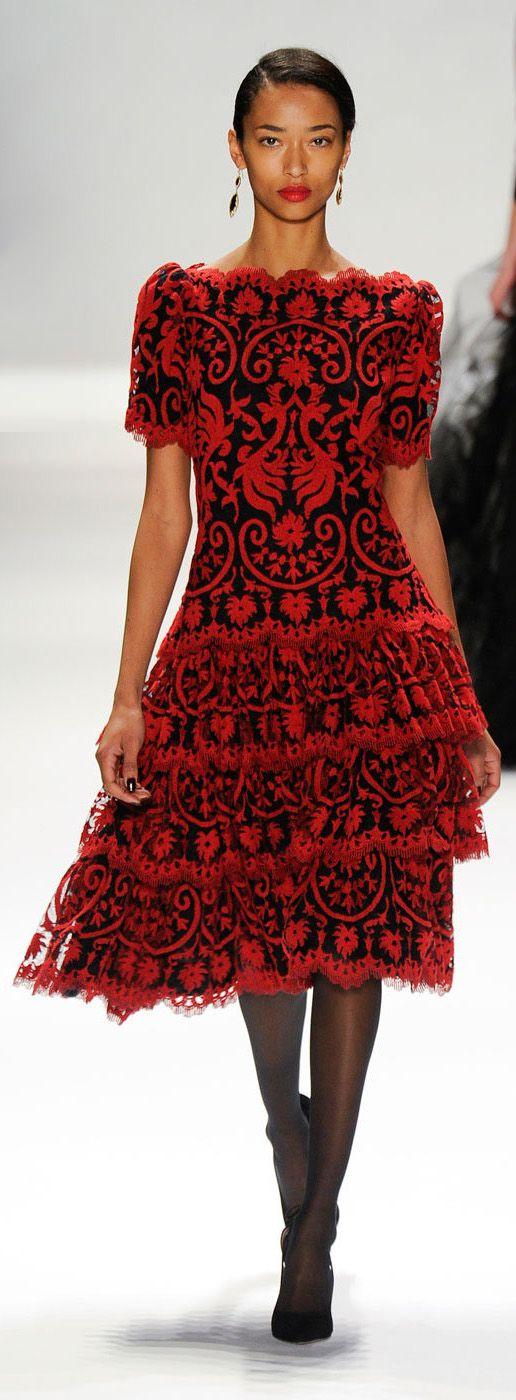 ✪ Tadashi Shoji - Fall 2012 ✪ http://www.stylebistro.com/runway/New+York+Fashion+Week+Fall+2012/Tadashi+Shoji/browse  (More on Runway)