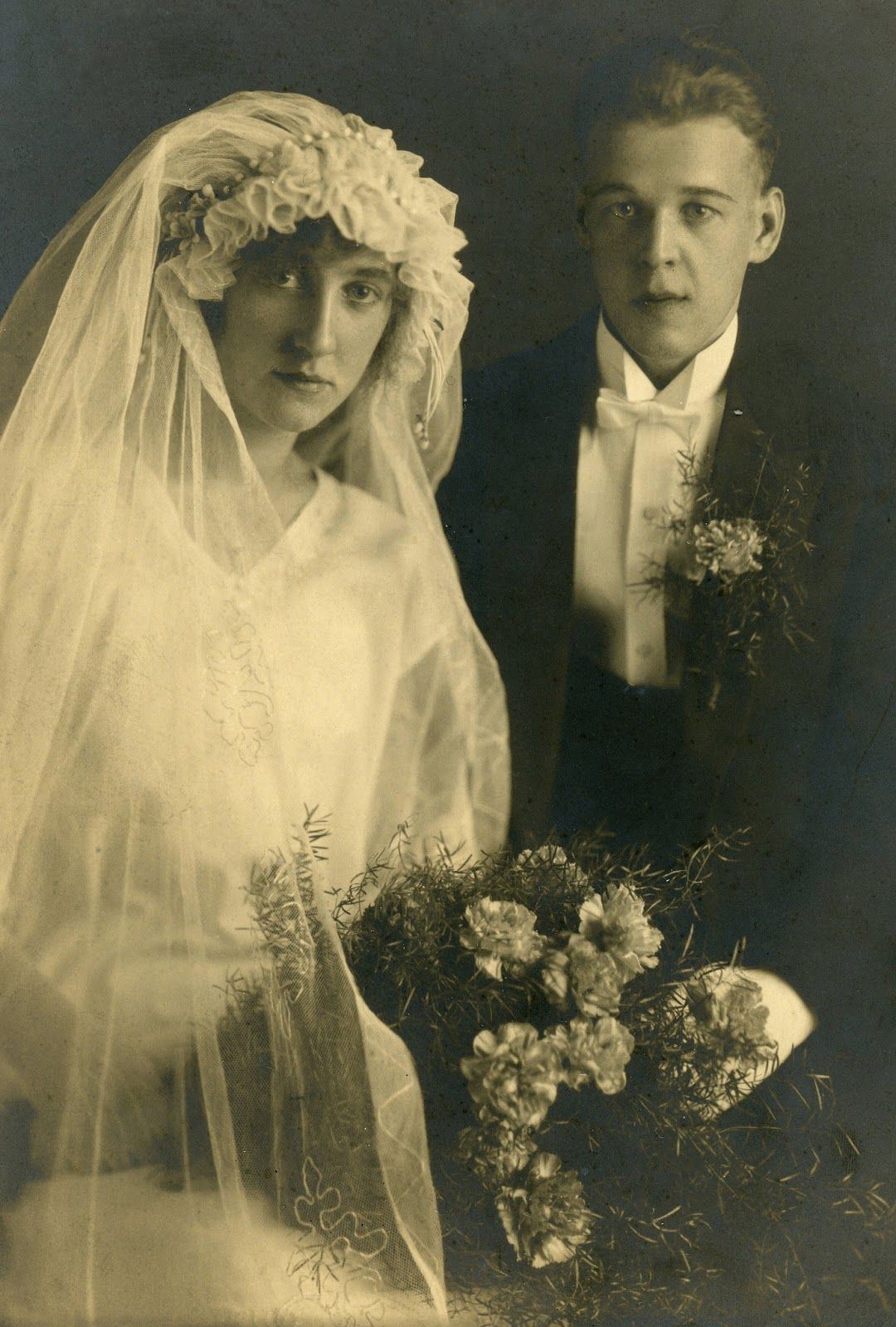 fascinating vintage wedding photos from the roaring s other