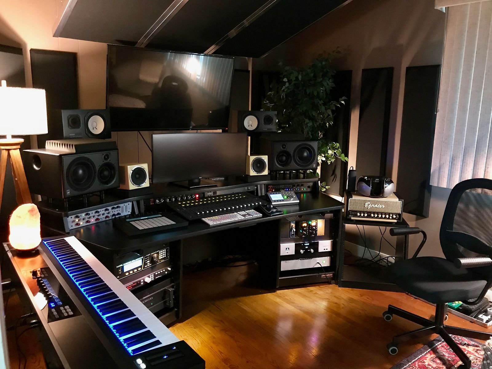 Omnirax Force 32 Studio Desk Reverb Recording Studio Home In