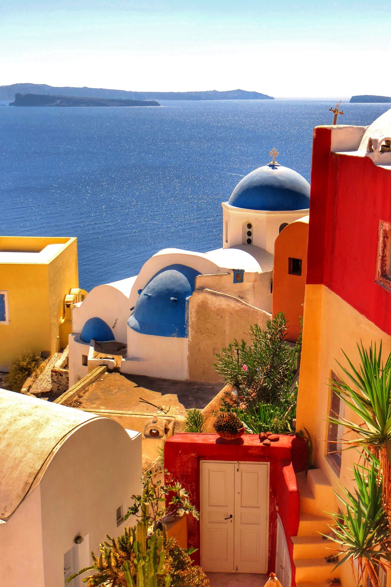 Best Hotels To Stay In Santorini Greece