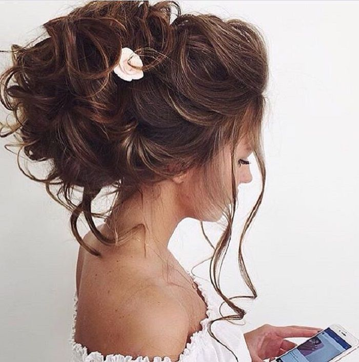 Pretty wedding updos for Every Type of Bride | Bridal updos | fabmood.com #weddinghairstyle #bridalhairstyle #weddinghair #bridalupdos #messyupdo