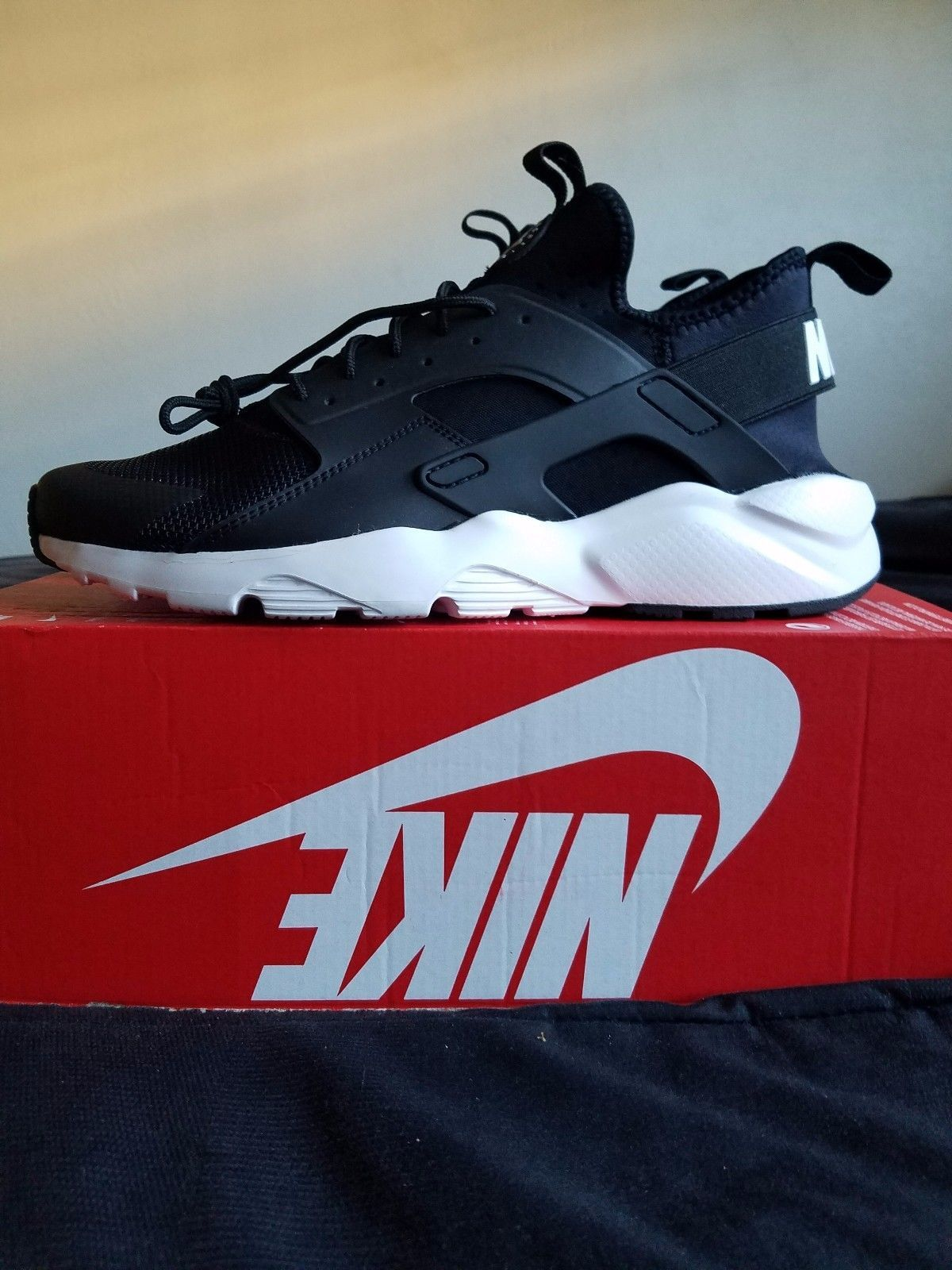 72afa693ec71 ... order nike air huarache run ultra black white anthracite size mens 11  819685 b45ab 74842