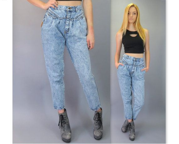 High waisted distressed 90s style tapered jeans