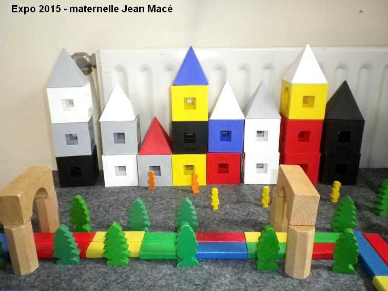 Projet autour de lu0027album de Marjorie Béal  Et toute la ville s - jeux de construction de maison en d